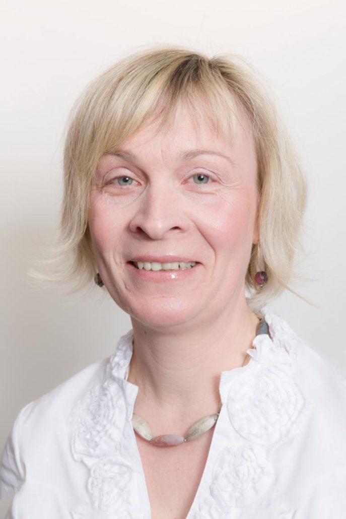 Liane Knapp
